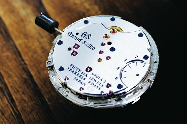 技術と美しさが結集した時計を生み出す マイクロアーティスト工房