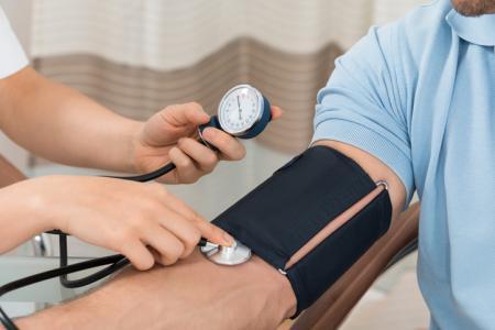 体外衝撃波結石破砕術が高血圧発症に関係