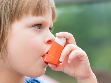 小児喘息、肥満解消で1割が予防可能