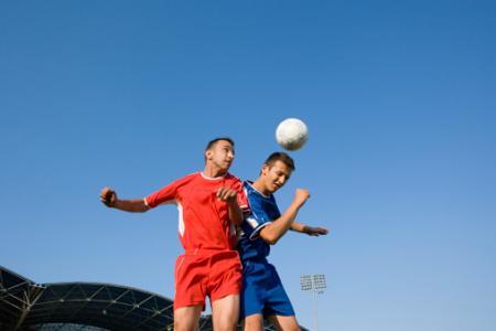 元プロサッカー選手は認知症リスクが高い