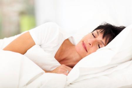 健康的な睡眠でCVD高リスク者の発症率低下